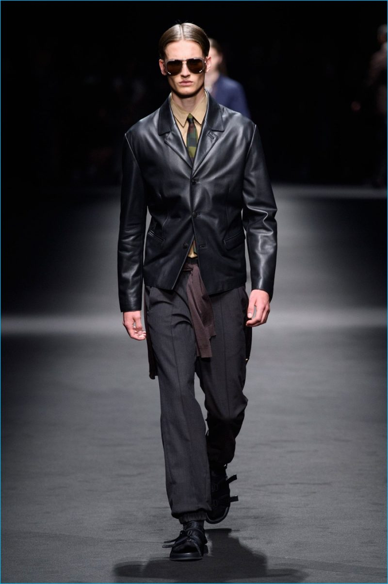 Leather is revisited by Versace with lightweight jackets for an effortless cool.