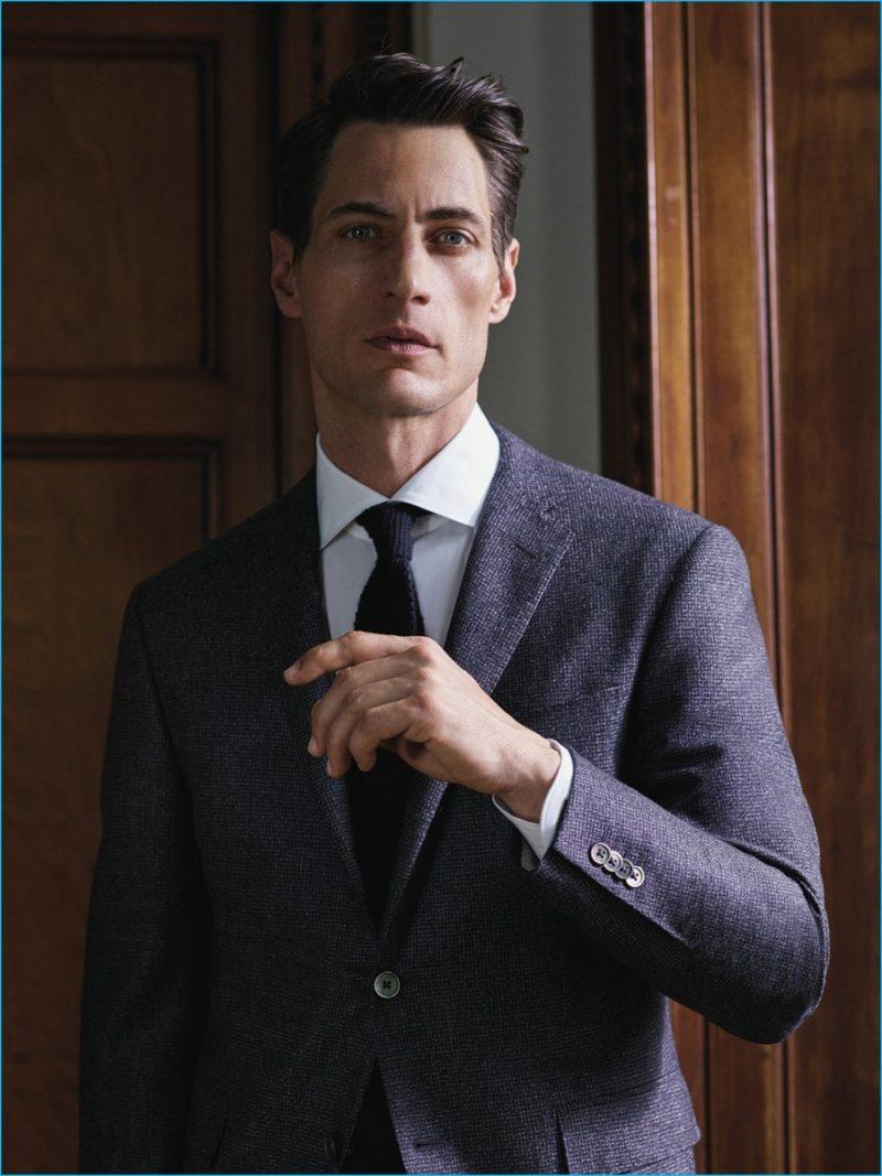 Model Axel Hermann fronts Corneliani's fall-winter 2016 campaign in a wool suit.