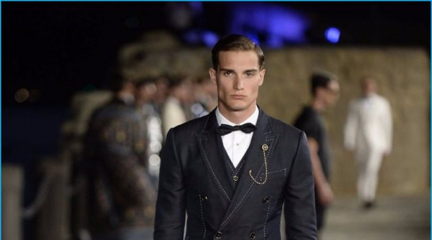 Dolce & Gabbana champions James Bond as muse for its 2016 Alta Sartoria collection.