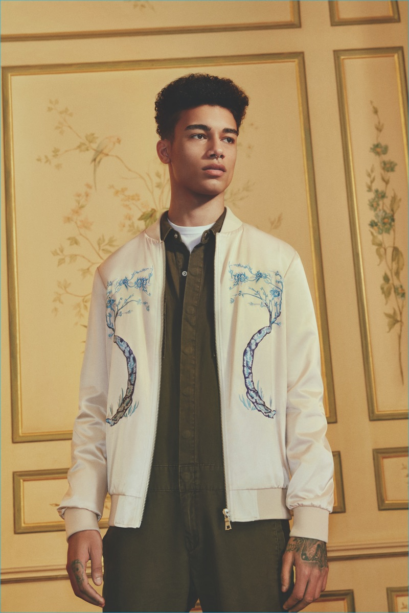 Forever 21 Men embraces the souvenir jacket trend with its pre-fall 2016 collection.