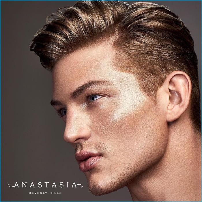 Paletas de maquillaje para hombres