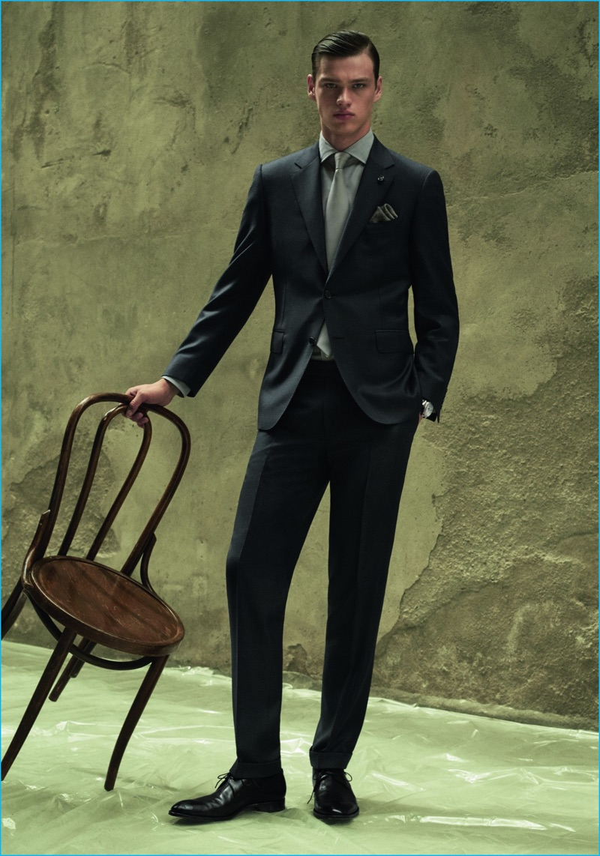 Filip Hrivnak stands tall in a Canali suit for Codigo Unico.
