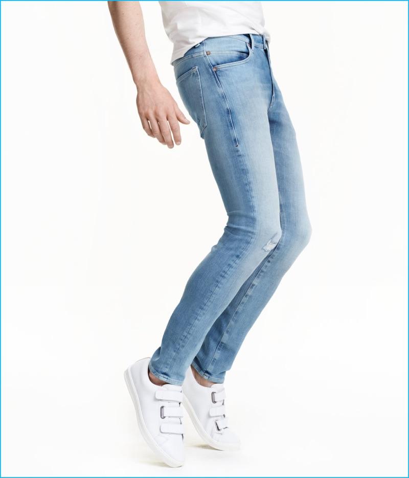 7e400892de5 ... H&M's 360 Tech Stretch Skinny Jeans in Light Denim Blue