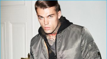 Stephen James Braces for the Cold in Theo Wormland's New Campaign