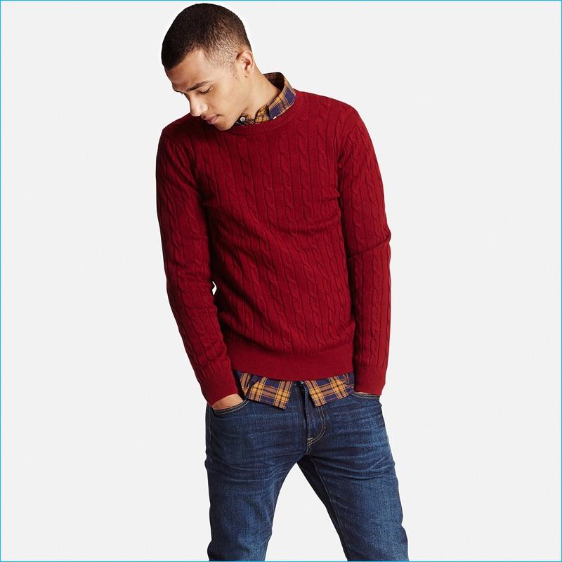 Uniqlo Men's Red Cable Crewneck Sweater