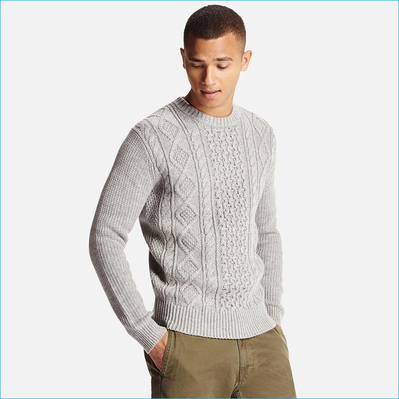 Uniqlo Men s Grey Middle Gauge Cable Crewneck Sweater 35e6de7d5