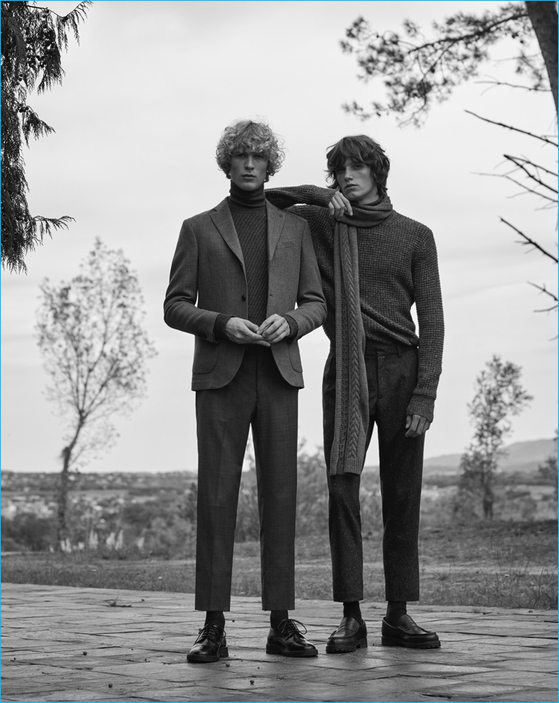 Sven de Vries and Joep Van de Sande channels 70s style in fall fashions from Mango Man.