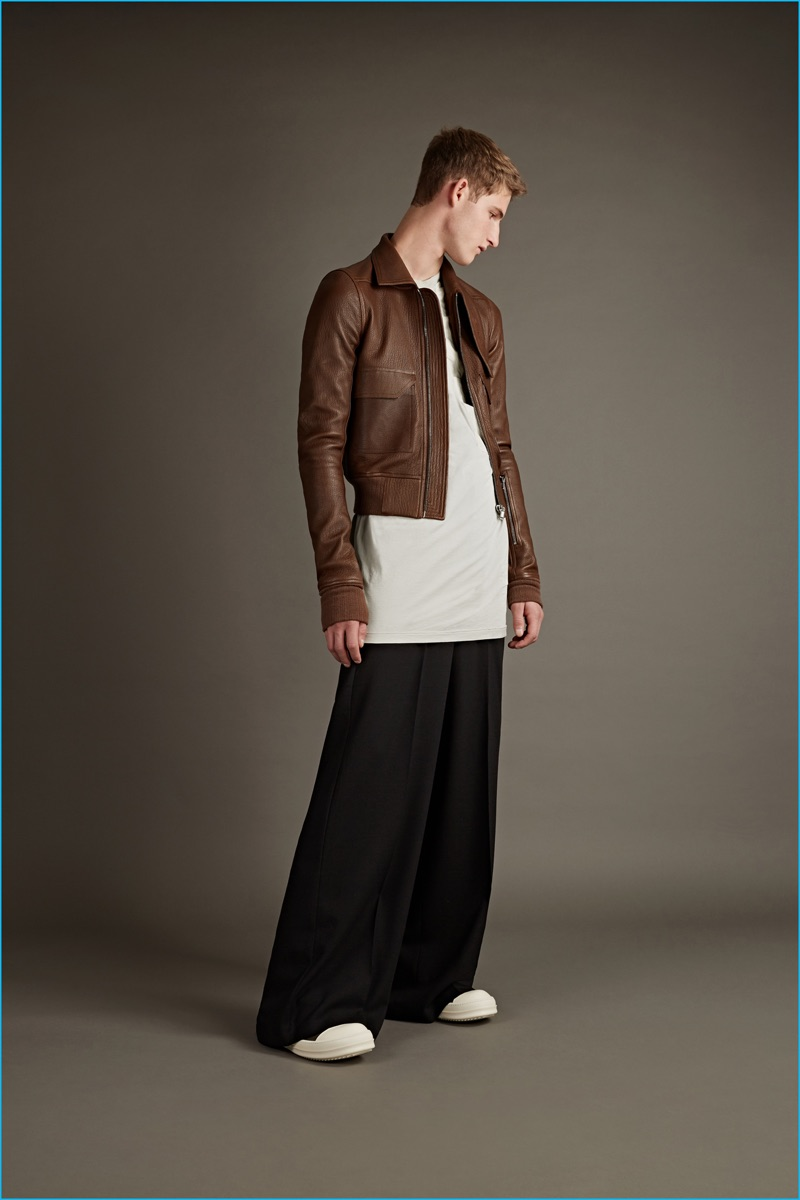 Rick Owens Drkshdw off-white long-sleeved t-shirt, Rick Owens black wide-leg trousers and hi-top sneaker boots.
