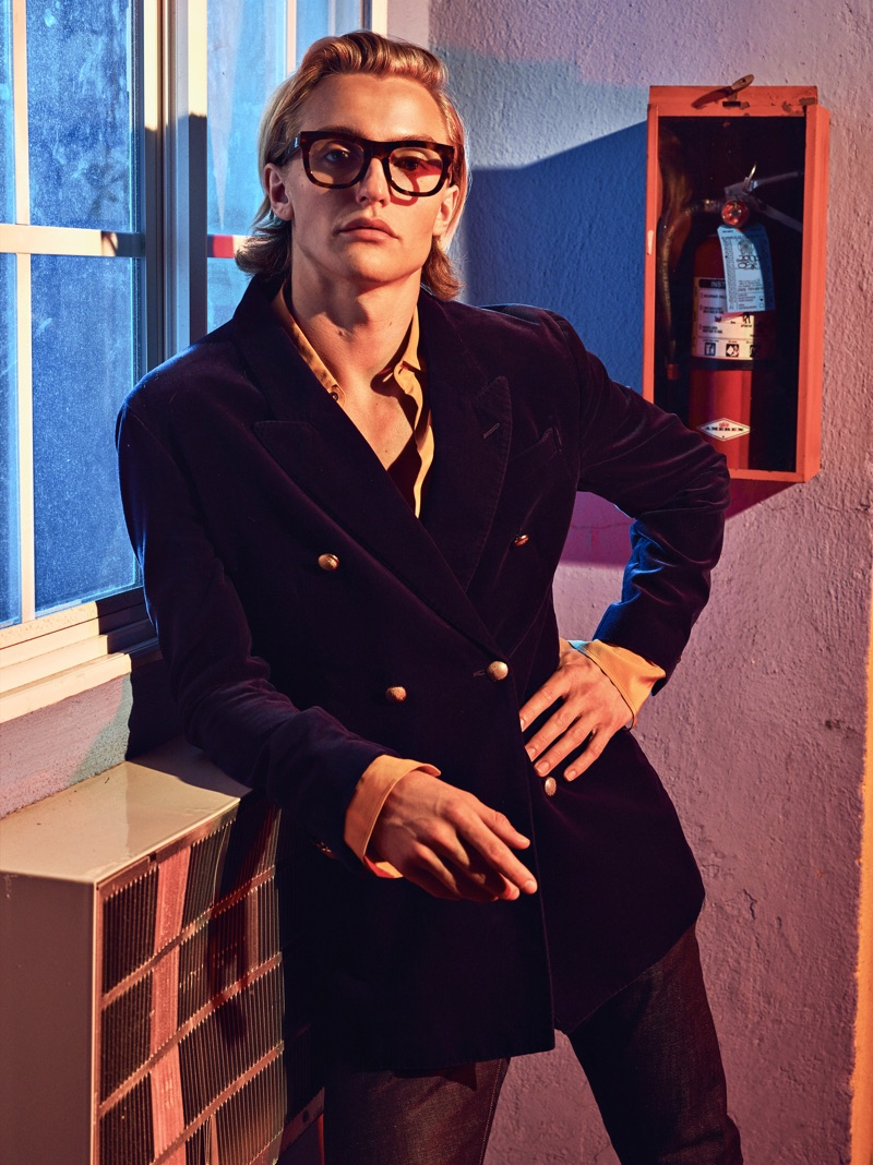 Hart Denton finds his inner dandy in a double-breasted Jeffrey Rüdes blazer and shirt with RETROSUPERFUTURE glasses.