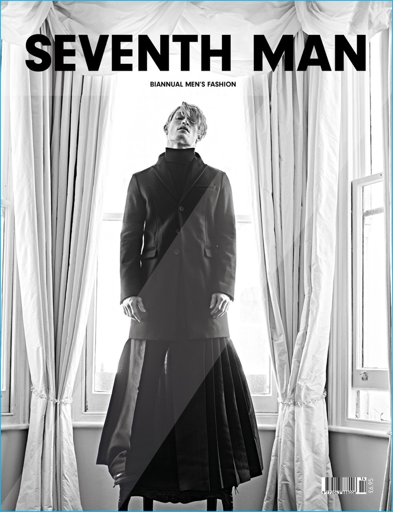 Harry Goodwins covers Seventh Man in a fall-winter 2016 look by Dsquared2.