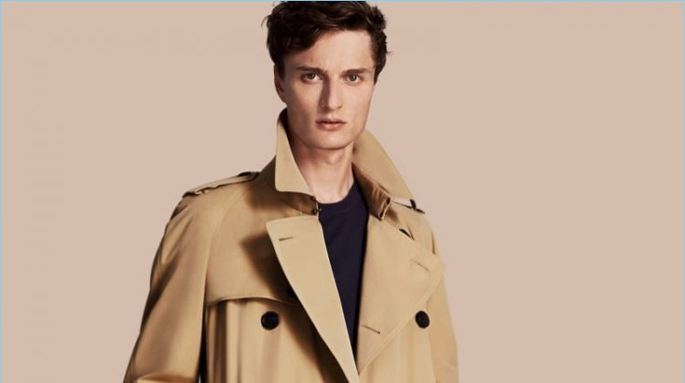 Fashionisto Essential: Burberry Heritage Trench Coat