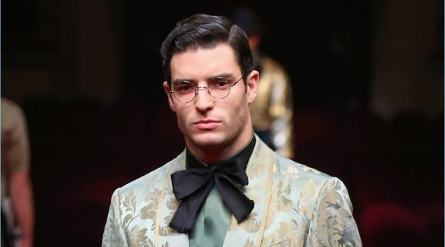 Dolce & Gabbana delivers dandy style with its take on the smoking jacket.
