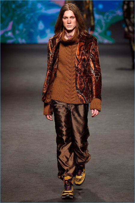 Etro Reaches Magical Heights with Fall '17 Collection
