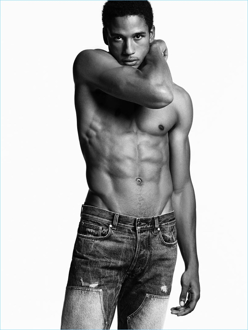 Justin Levy shows off his six-pack in a shirtless picture for Givenchy Jeans' spring-summer 2017 campaign.