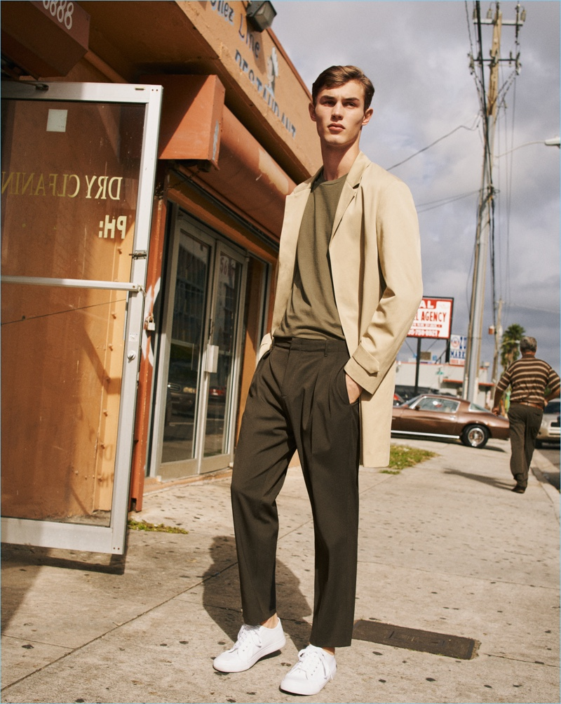English model Kit Butler dons relaxed tailoring for Mango Man's spring-summer 2017 campaign.