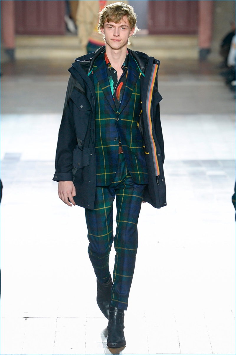 Tartan suiting is front and center for Paul Smith's fall-winter 2017 men's collection.