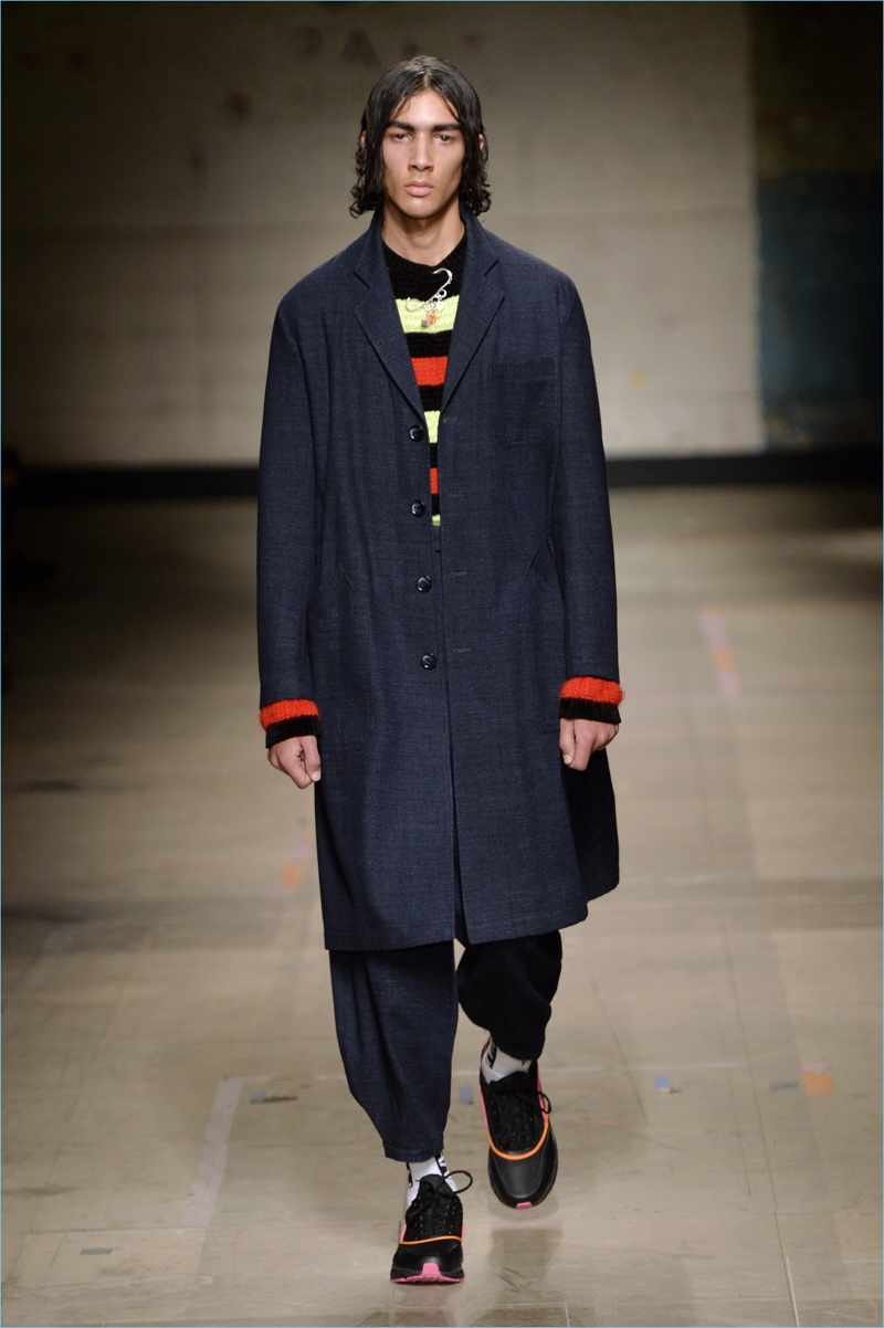 Topman's fall tailoring takes on oversized proportions and workwear-inspired details.
