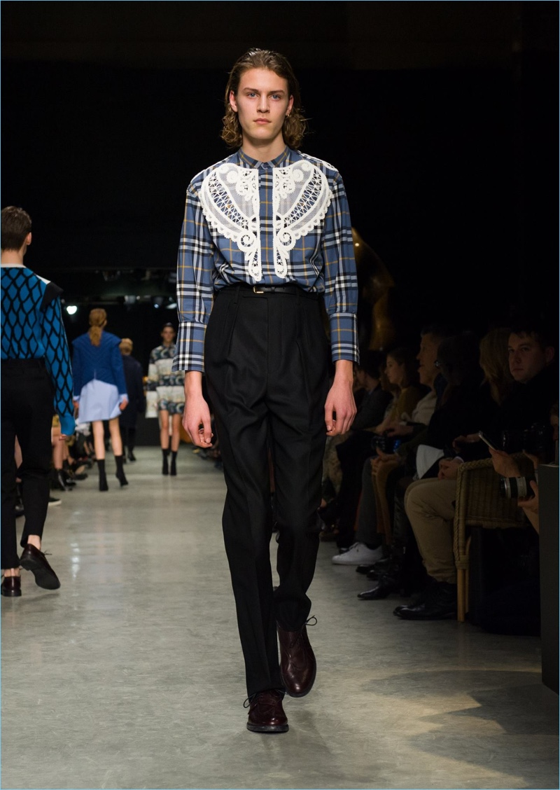 Tartan comes together with a macramé lace appliqué for a standout shirt from Burberry's latest collection.