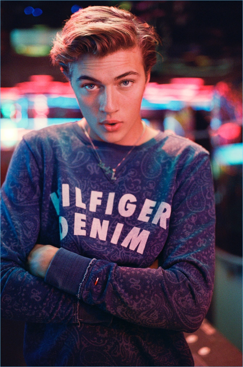 Lucky Blue Smith wears a logo pullover for Hilfiger Denim's spring-summer 2017 campaign.