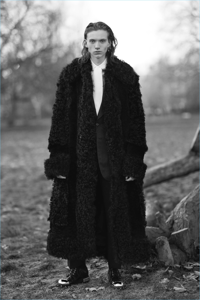 Shearling covers a luxurious coat from Alexander McQueen's fall-winter 2017 collection.