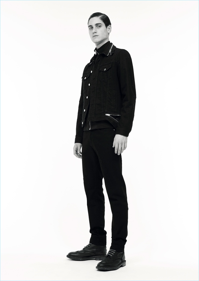 Black denim steals the spotlight for Givenchy Jeans' pre-fall 2017 collection.
