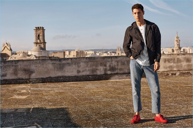 H&M reunites with Nicolas Ripoll for a style refresher, which includes its relaxed cropped jeans and a windproof jacket.