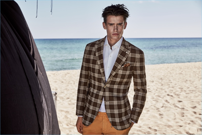 Taking to the beach, Sascha Wolf fronts L.B.M. 1911's stylish spring-summer 2017 outing.