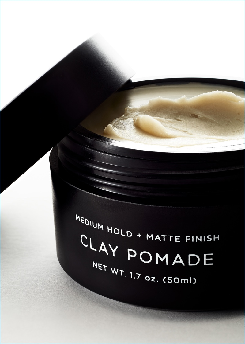 To achieve a sculptural yet lived in style, the beeswax based Clay Pomade provides extra hold with a matte finish.