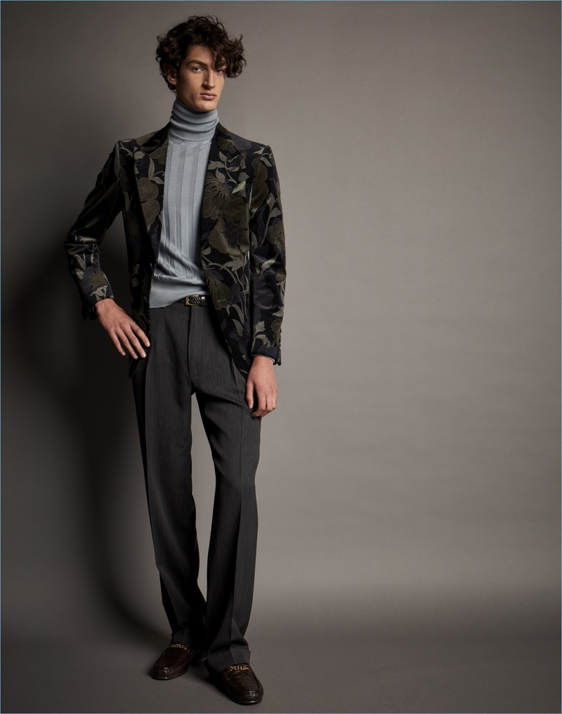 Embracing dark tonal prints, Tom Ford delivers a series of floral print blazers.