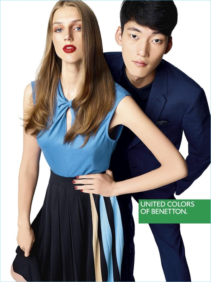 Models Sabina Lobova And Yong Soo Jeong Front United Colors Of Benetton S Spring 2017 Campaign