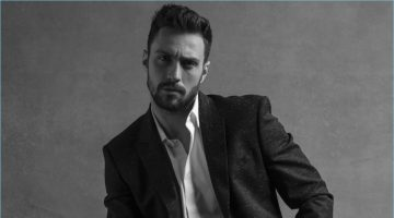 Givenchy announces Aaron Taylor-Johnson as the face of its Gentleman Givenchy fragrance.