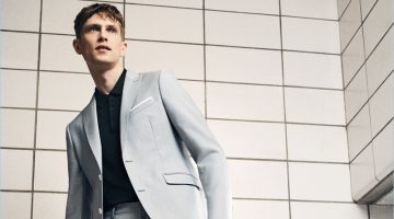 Mathias Lauridsen Reunites with Zara, Dons Summer Tailoring