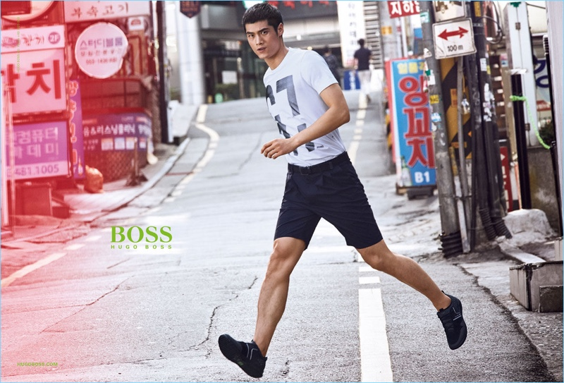 Hao Yun Xiang is an active vision for BOSS Green's spring-summer 2017 campaign.