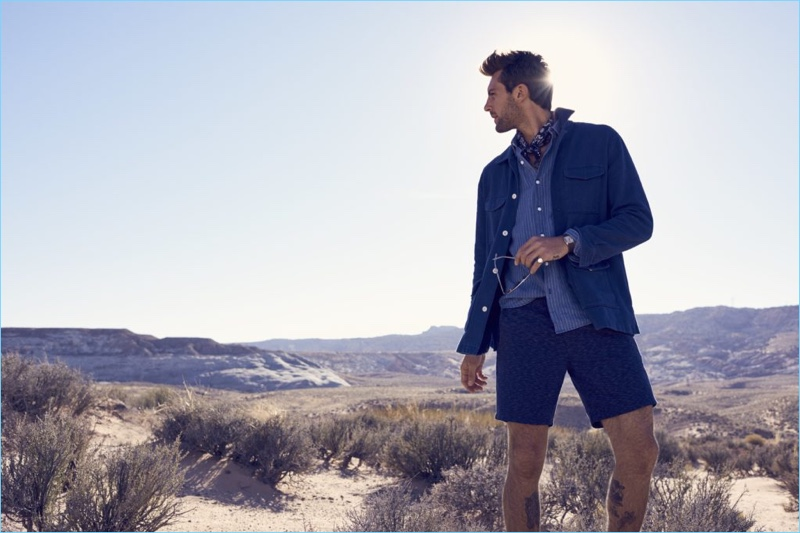 Donning blue layers, Rafael Lazzini fronts Bonobos' most recent outing.