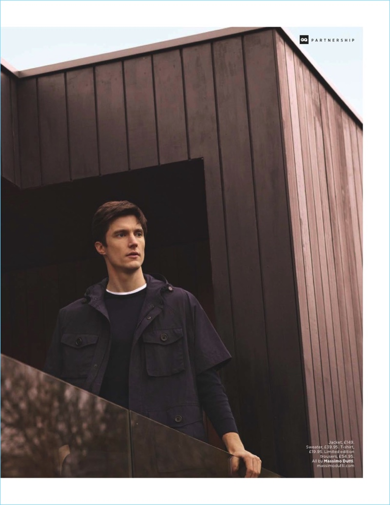 Charlie Timms wears a short-sleeve jacket with a sweater and t-shirt by Massimo Dutti.