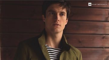 Smarten Up: Charlie Timms Wears Practical Massimo Dutti Essentials