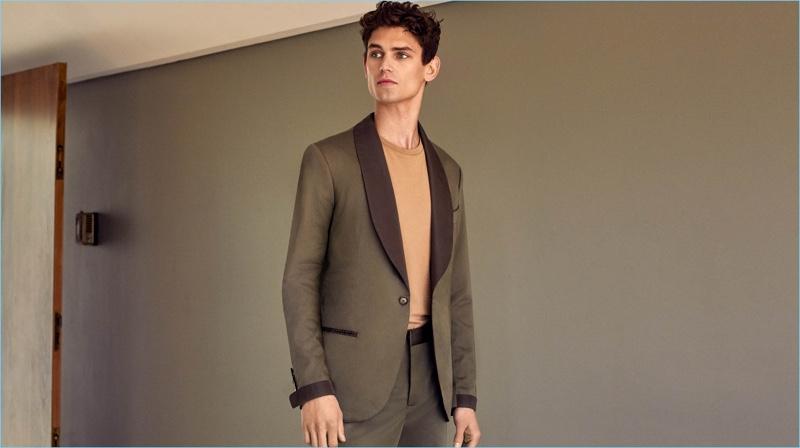 Model Arthur Gosse wears a Mango Man oversized cotton t-shirt $35.99, slim-fit cotton suit blazer $239.99 and trousers $89.99.