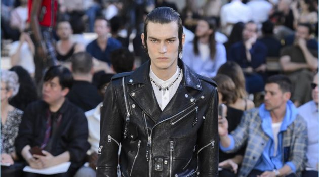 Alexander McQueen Taps Into Bad Boy Style for Spring '18 Collection