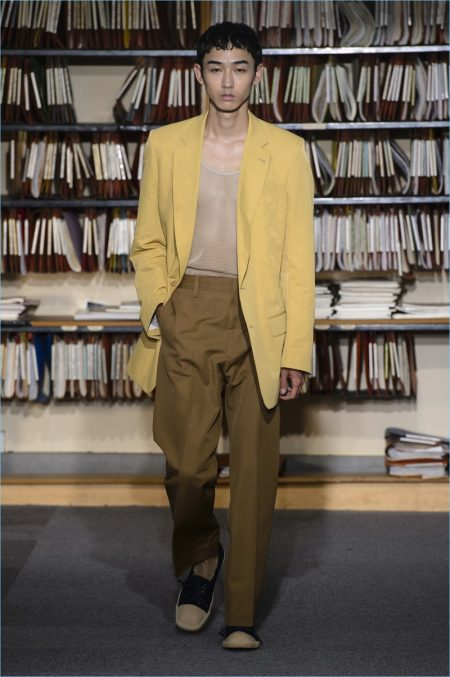 Dries Van Noten Channels 80s Style For Spring 18 Collection The