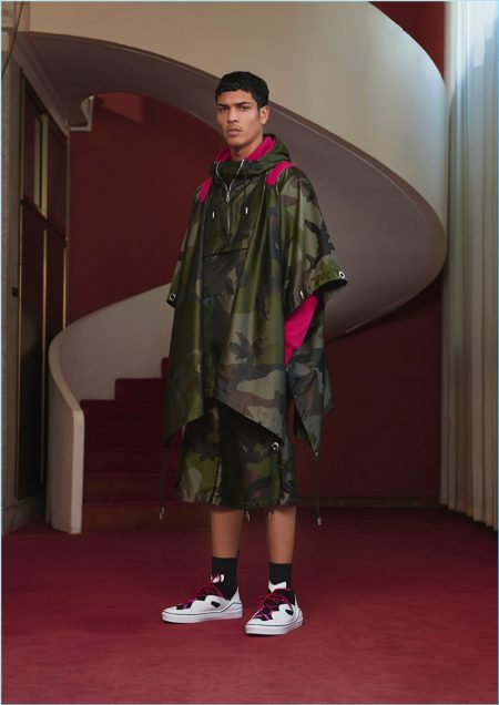 Givenchy Plays Its Relatively Simple for Pre-Spring '18 Collection