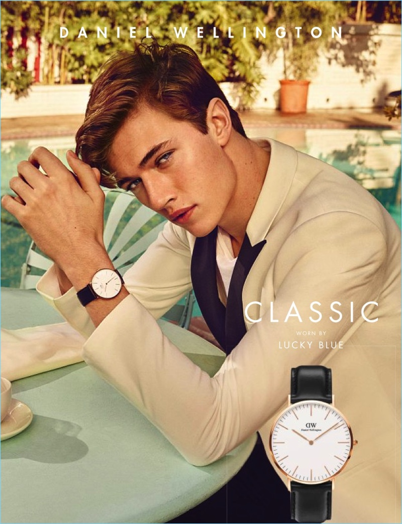 Lucky Blue Smith picks up a new campaign with an advertisement for Daniel Wellington.