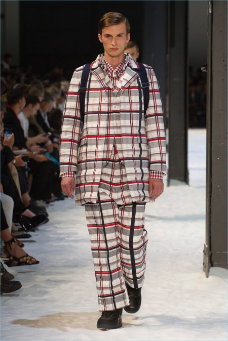 Moncler Gamme Bleu Embraces Transitional Style for Spring '18 Collection
