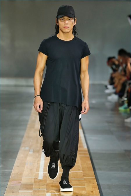 Fabulous Y-3 Spring/Summer 2018 Collection HN95
