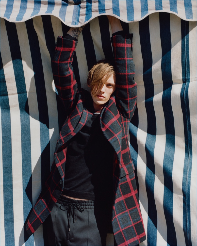 Jamie Campbell Bower stars in HUGO's fall-winter 2017 campaign.