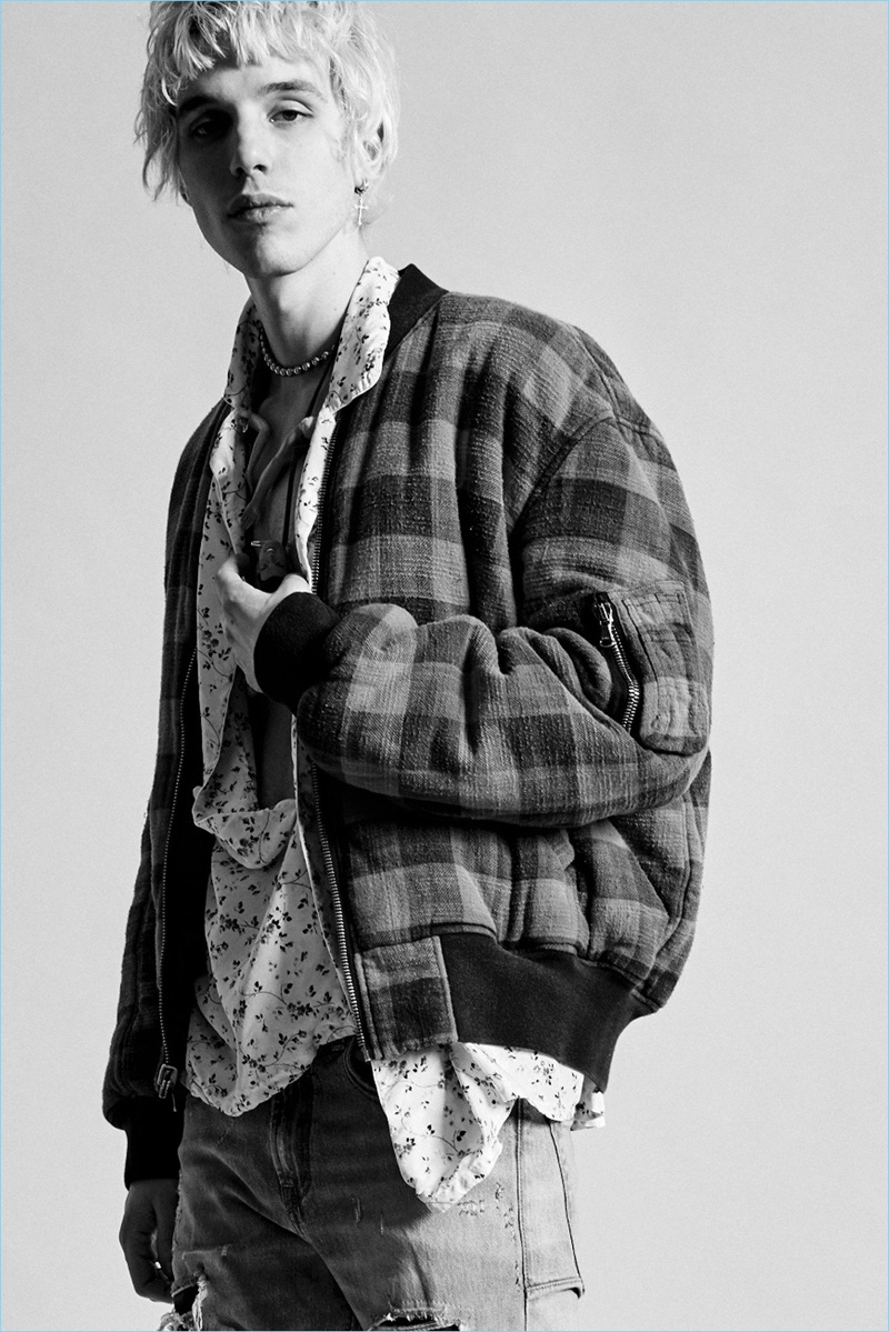 Grunge style resurfaces as a major influence for R13's fall-winter 2017 collection.