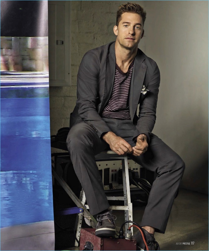 Starring in a photo shoot for Prestige Taiwan, Scott Speedman wears a top and suit by Hermès with Vince shoes.