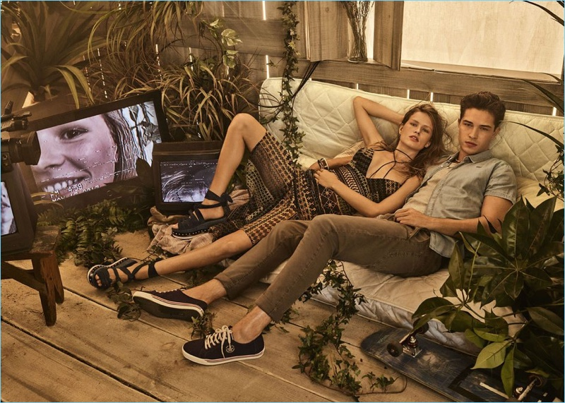 Anna Ewers and Francisco Lachowski front Colcci's spring-summer 2018 campaign.