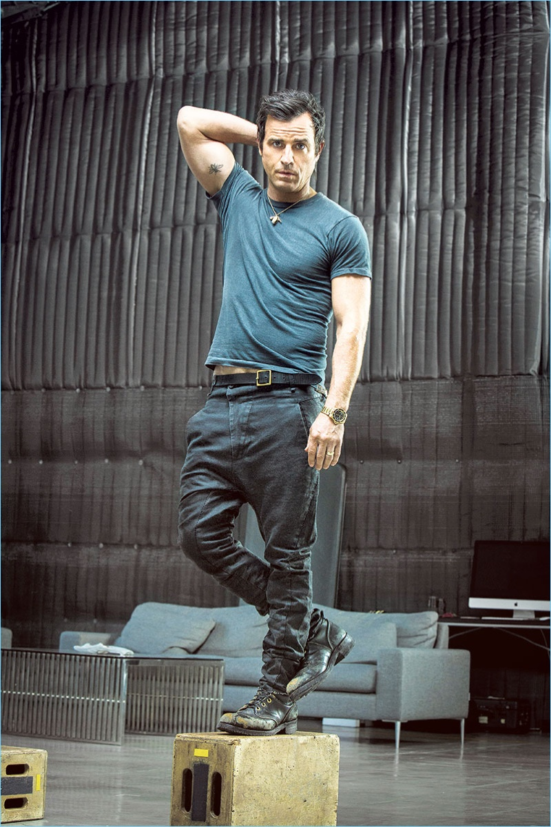 Connecting with Alexa, Justin Theroux rocks a vintage t-shirt, combat boots, and belt with Masnada pants.