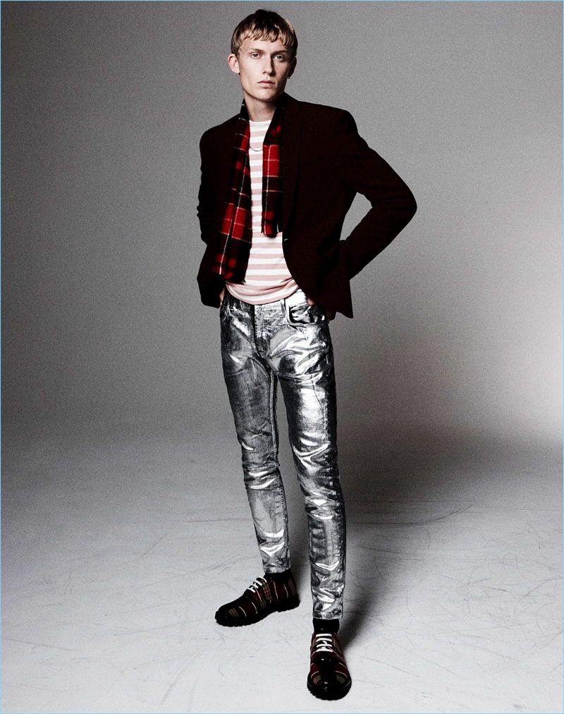 Metallic Pants: 1972 New York is in the spotlight with these silver drain pipe pants from Zara Man.