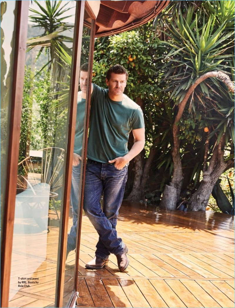 SEAL Team star David Boreanaz wears a RRL t-shirt and jeans with Role Club boots.